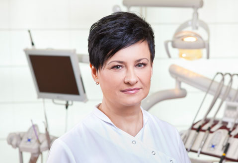 Asystentka stomatologiczna Marzena Serwik